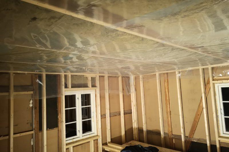 Isolering av tak i stue